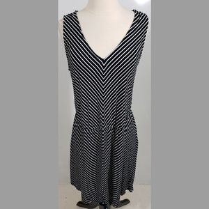 Merona Sleeveless Dress Black and White sz XL